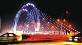延吉天池大橋采用LED環保節能燈