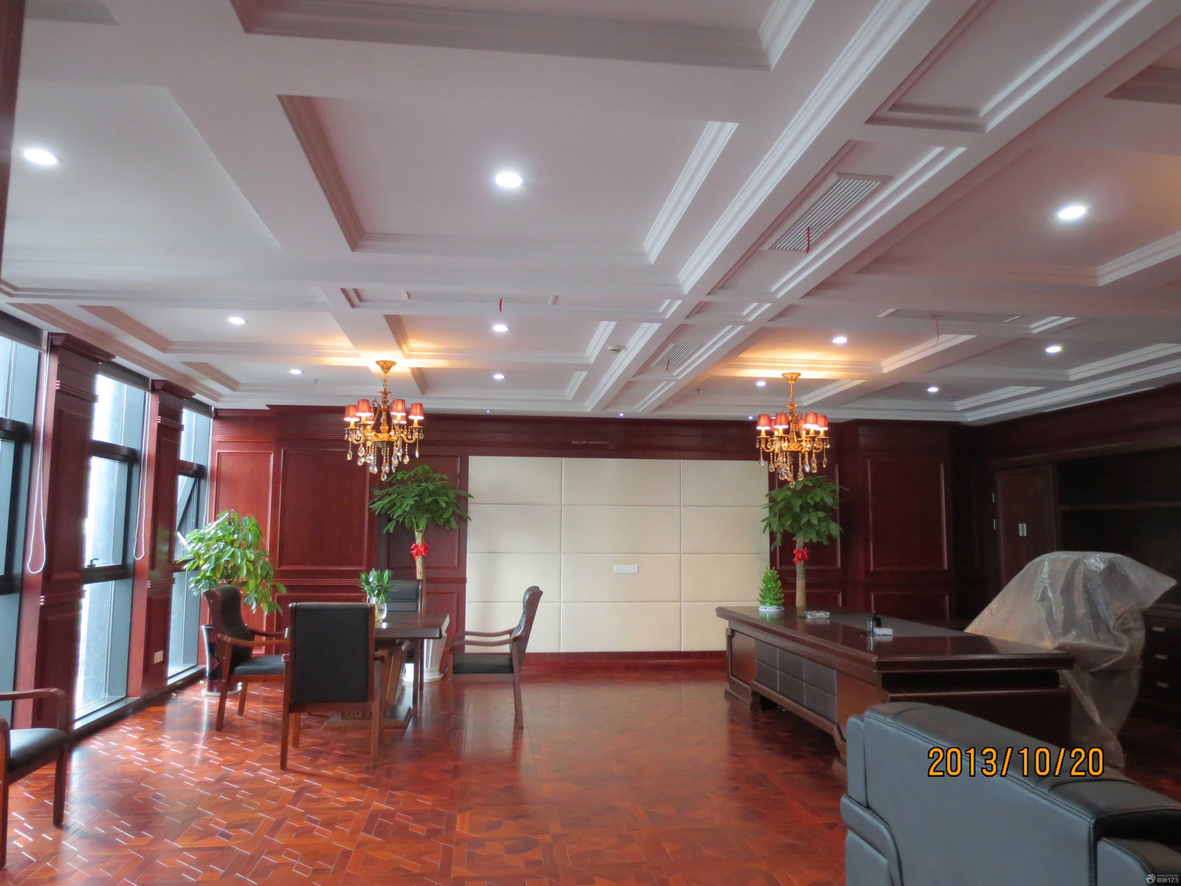 工装效果图 中式 现代中式风格经理办公室仿木地板地砖装修图片 提供
