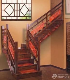 新中式風格 中式裝修風格 二|三折梯 木樓梯