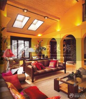 小復式樓 挑高客廳裝修效果圖 斜頂客廳裝修效果圖