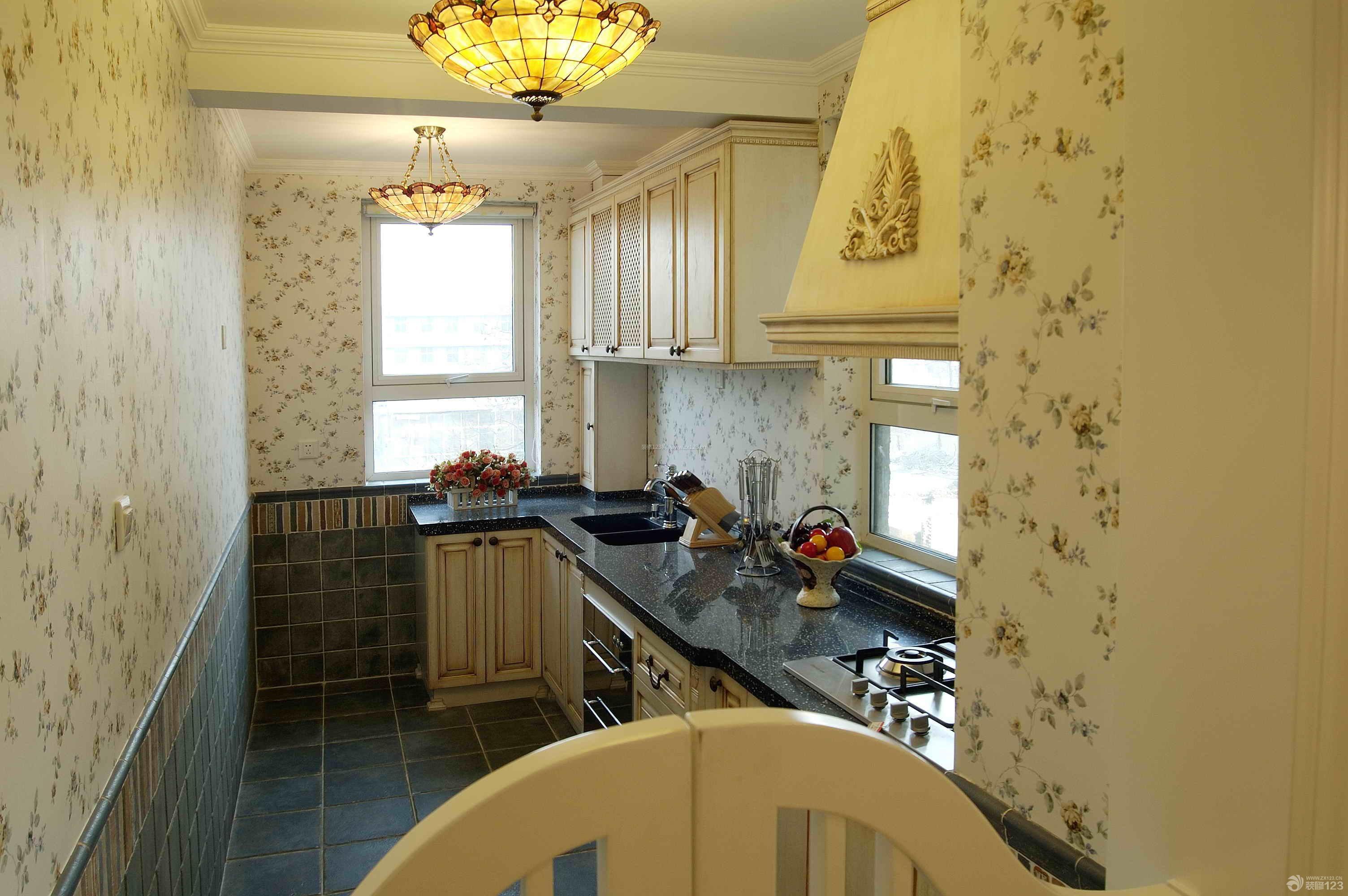 田园风格80平米房子三室一厅厨房装修效果图