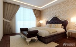 最新歐式主臥室雙人床花紋壁紙設計圖片