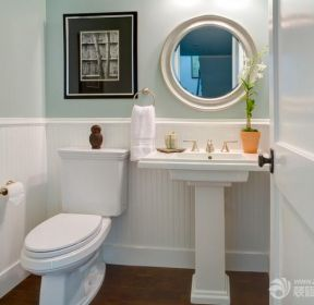 小戶型2平米衛生間裝潢圖片-每日推薦