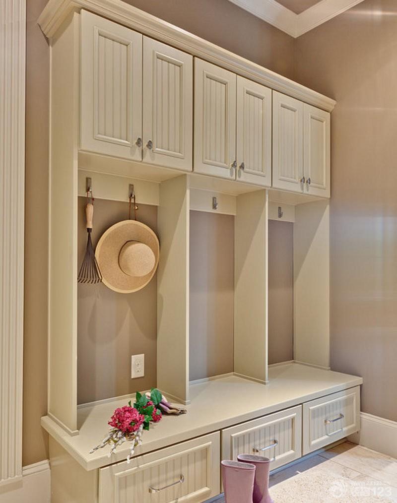 简欧风格玄关衣帽间实木家具装饰图片