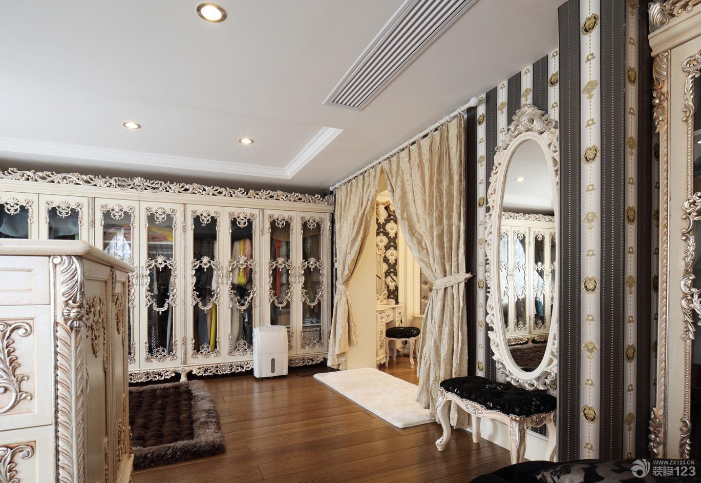 欧式风格豪华别墅超大衣帽间装修效果图欣赏