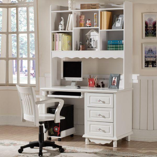组合式的电脑桌其实就是将衣柜与电脑桌合2为1,自问世以来广被大学生