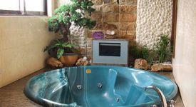 按摩浴缸如何清洁和保养呢