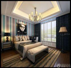四室兩廳臥室裝修風格雙人床條紋壁紙設計圖片