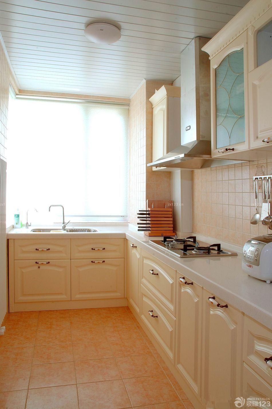 欧式厨房铝扣天花板设计实景图