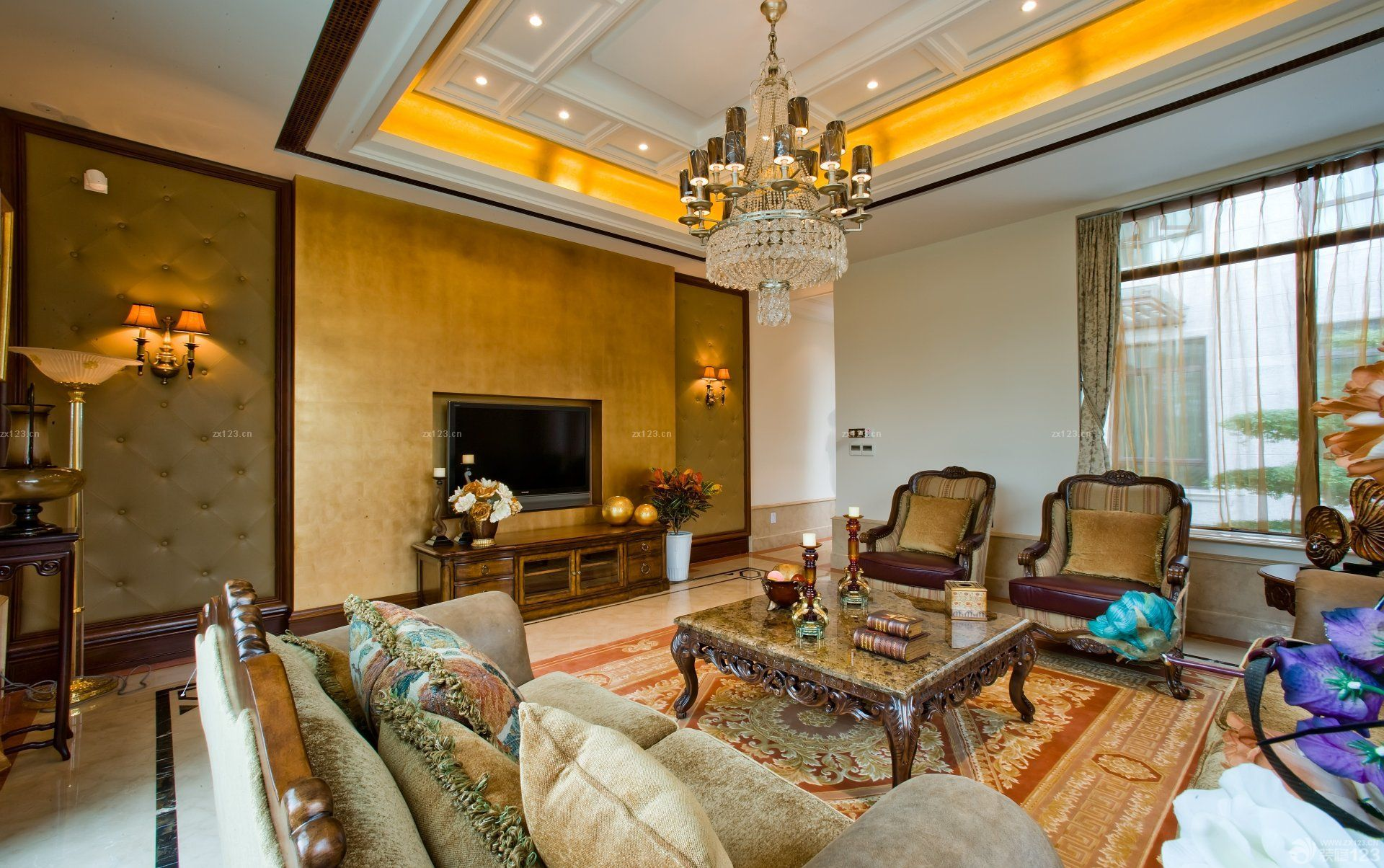 客厅石膏天花板吊顶水晶灯装修设计图