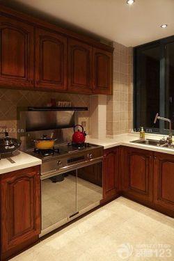 歐式風格原木櫥柜廚房