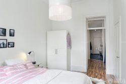 80平米白色臥室簡約衣柜