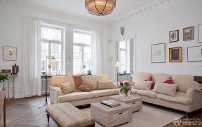 80平米 客廳沙發擺放 沙發背景墻