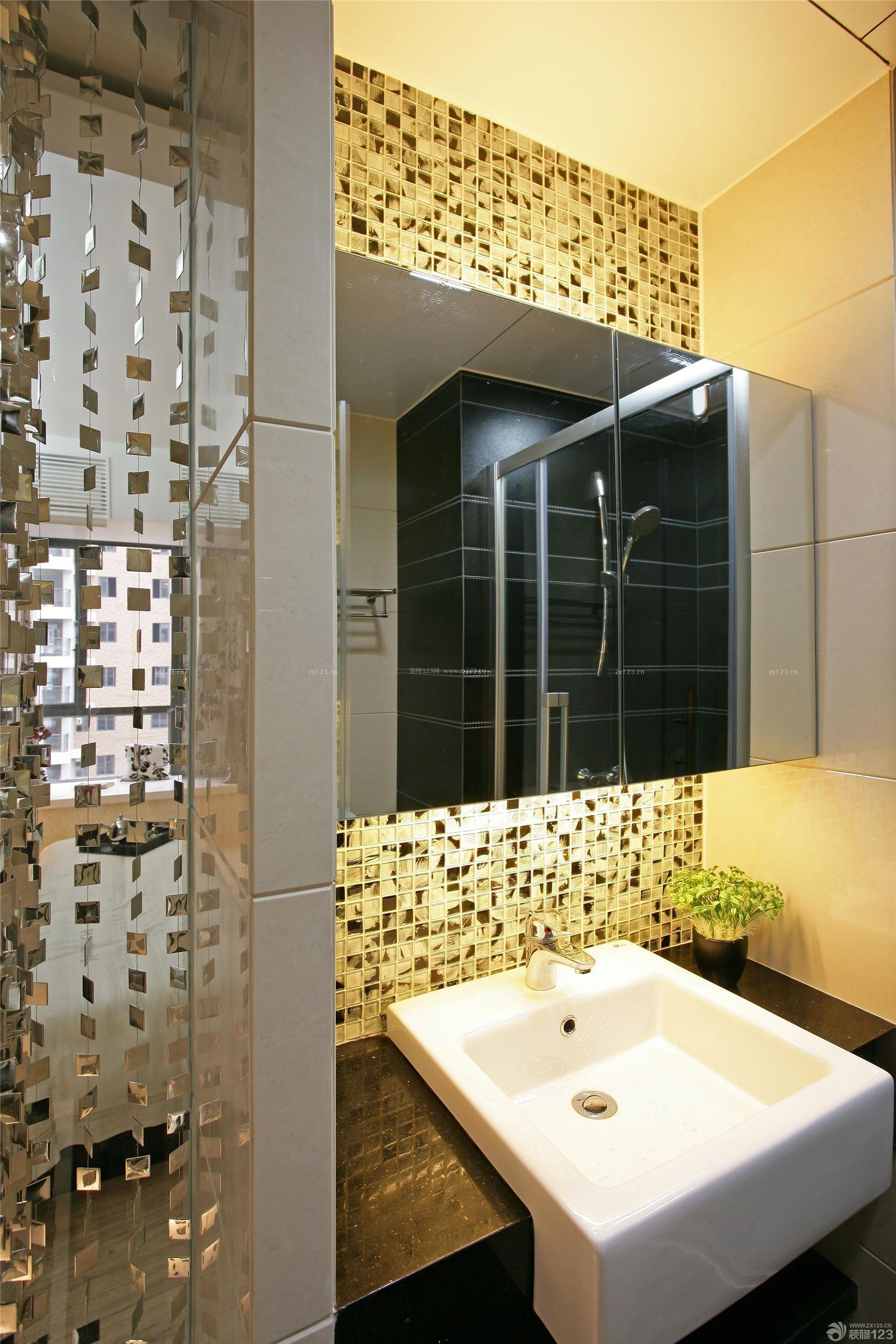 100平米浴室装修马赛克洗手盆图片