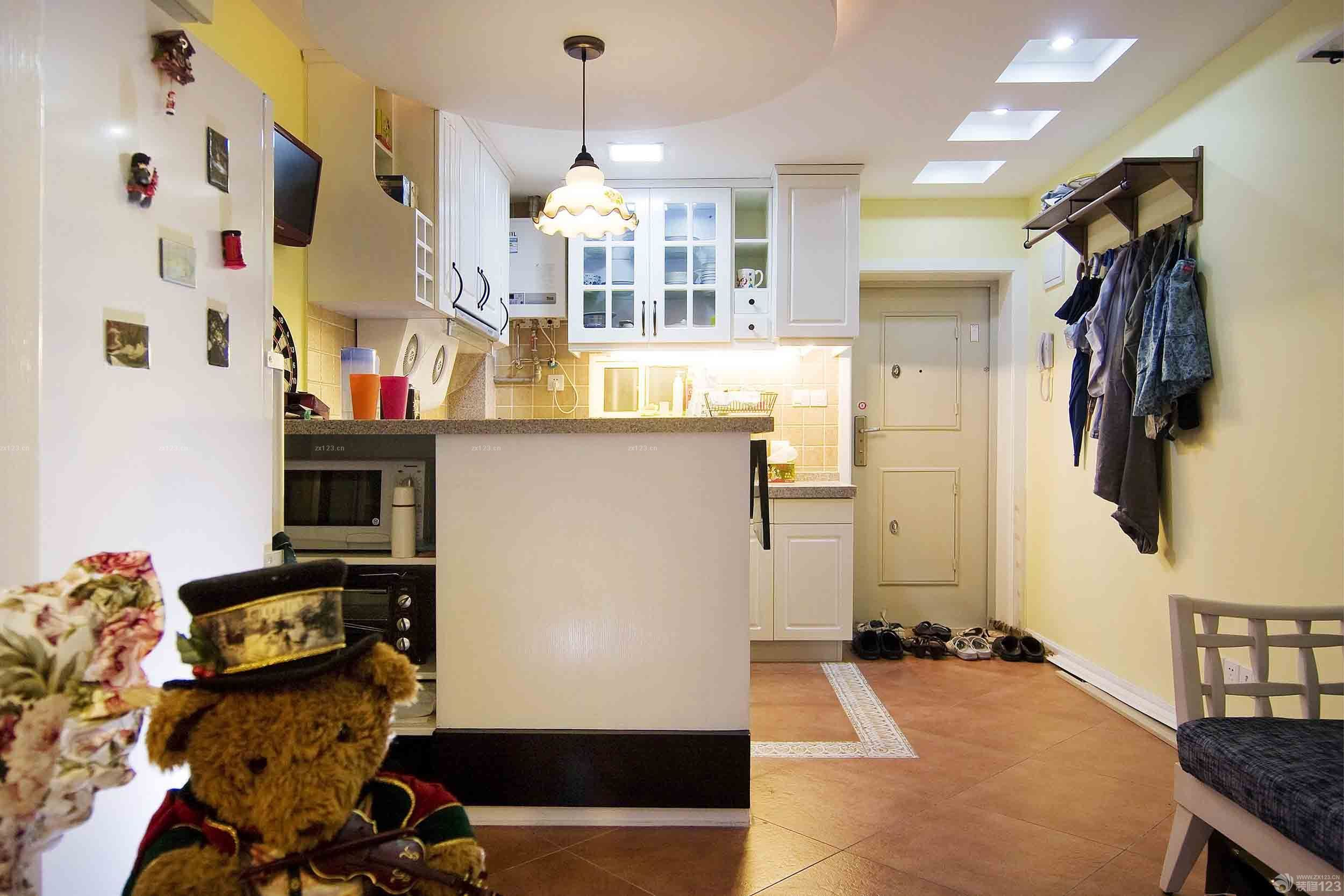 简约设计风格单间小户型卧室装修图片