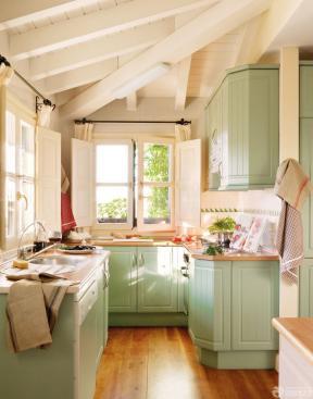 小戶型斜頂閣樓裝修 小戶型陽臺改廚房