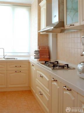 小戶型陽臺改廚房 極簡風格裝修效果圖