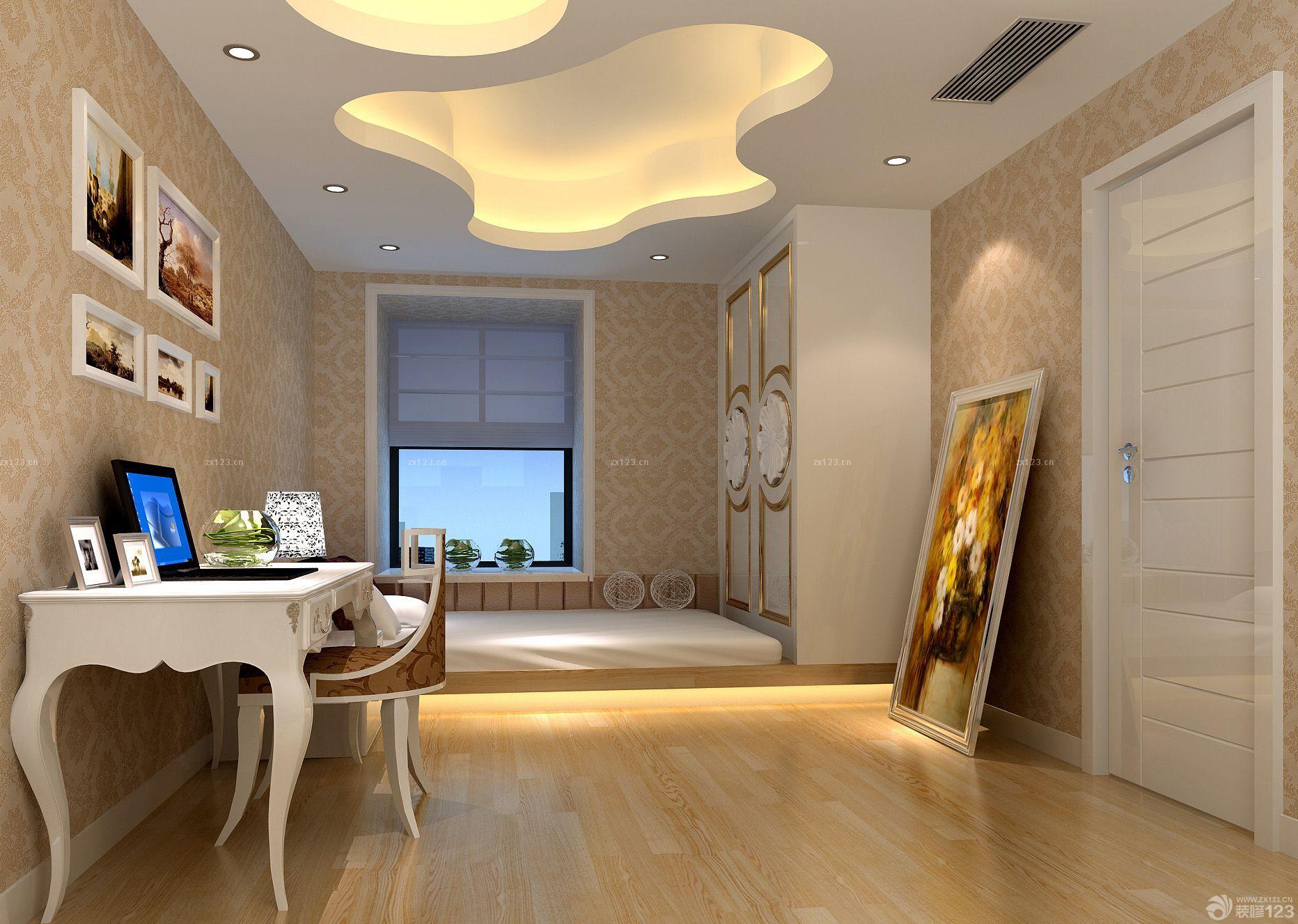 家庭卧室白色门框装修效果图