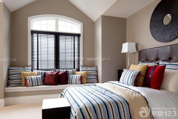 卧室飘窗设计:休闲区