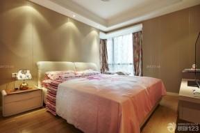 小空间卧室 压纹壁纸