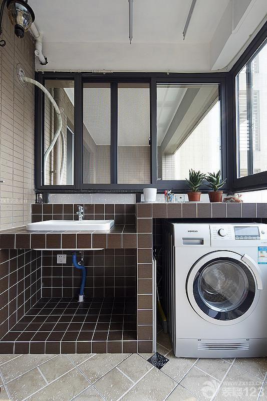 70平米房子阳台洗衣机装修实景图
