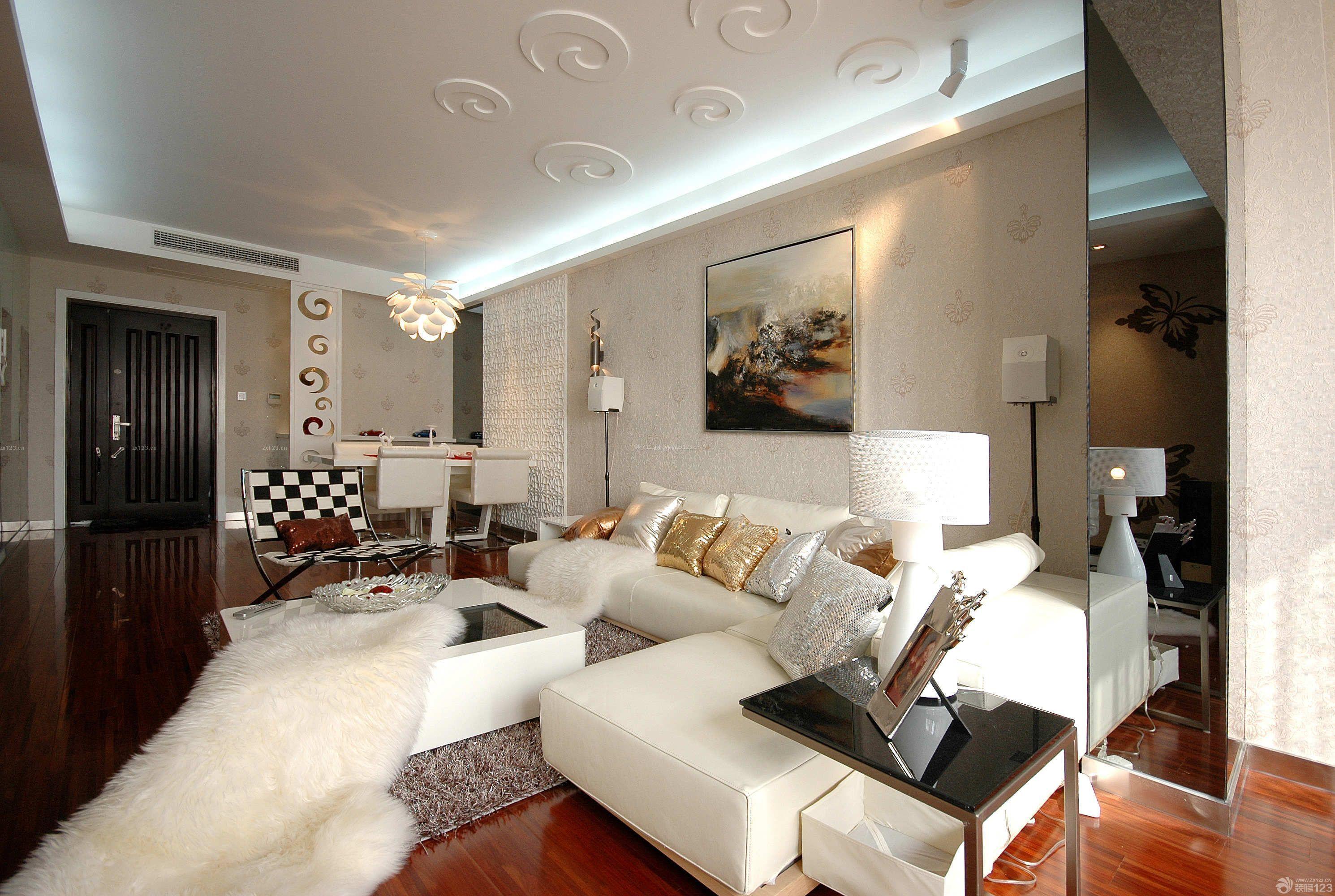 混搭式家装客厅石膏板吊顶设计图