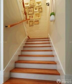 家用楼梯木质地板设计图