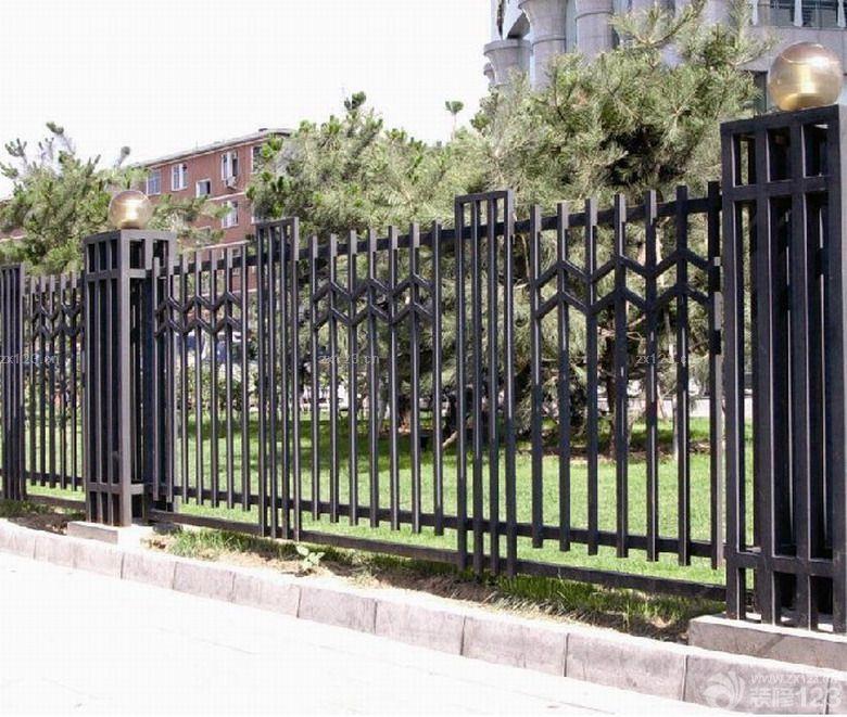 学校铁艺围墙装修效果图