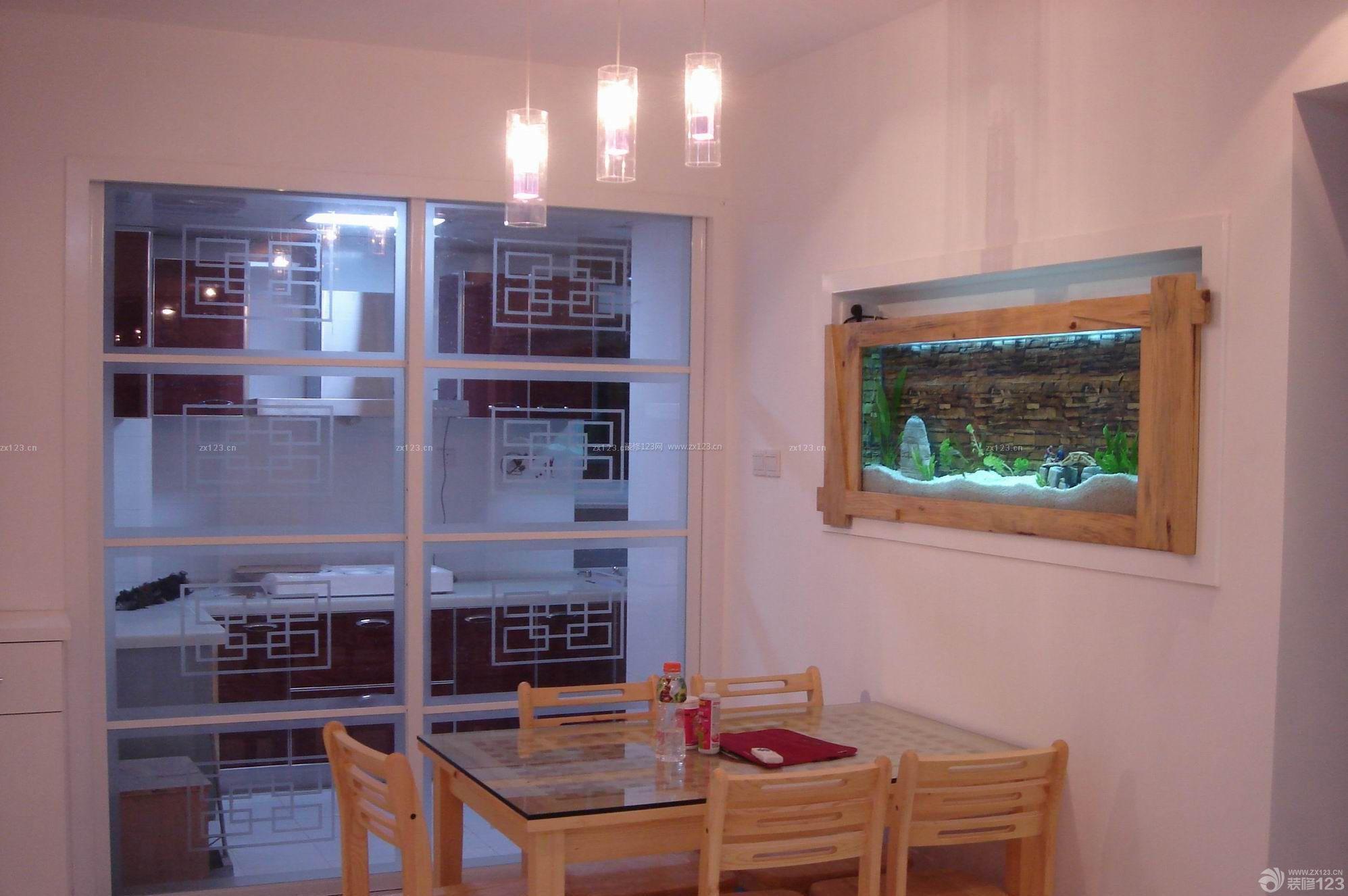 现代风格墙面嵌入式鱼缸装修效果图图片