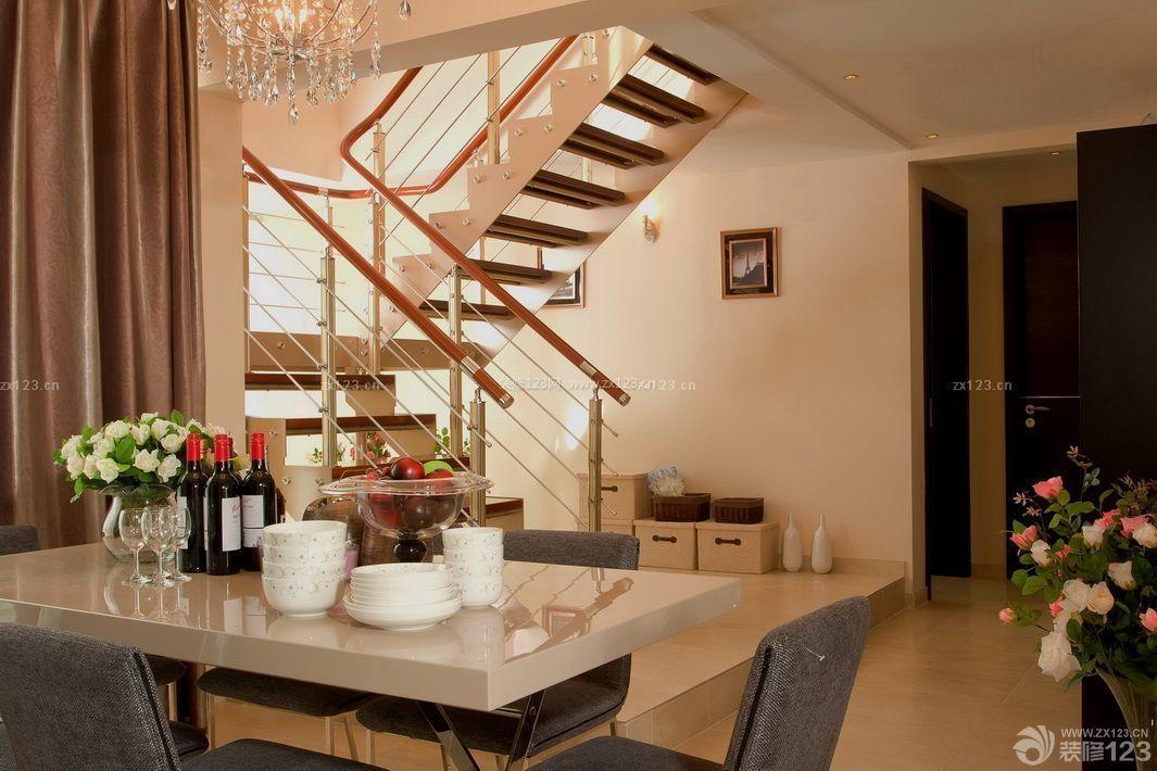 小平米复式楼楼梯立柱装修图片图片