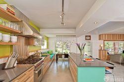 開放式廚房櫥柜中島裝修實例