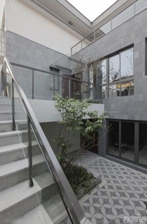 015现代简约别墅室外楼梯装修设计效果图欣赏-室外楼梯效果图