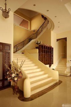 高檔別墅室內樓梯裝修效果圖