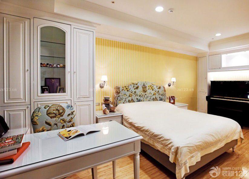 主卧室衣橱门设计图