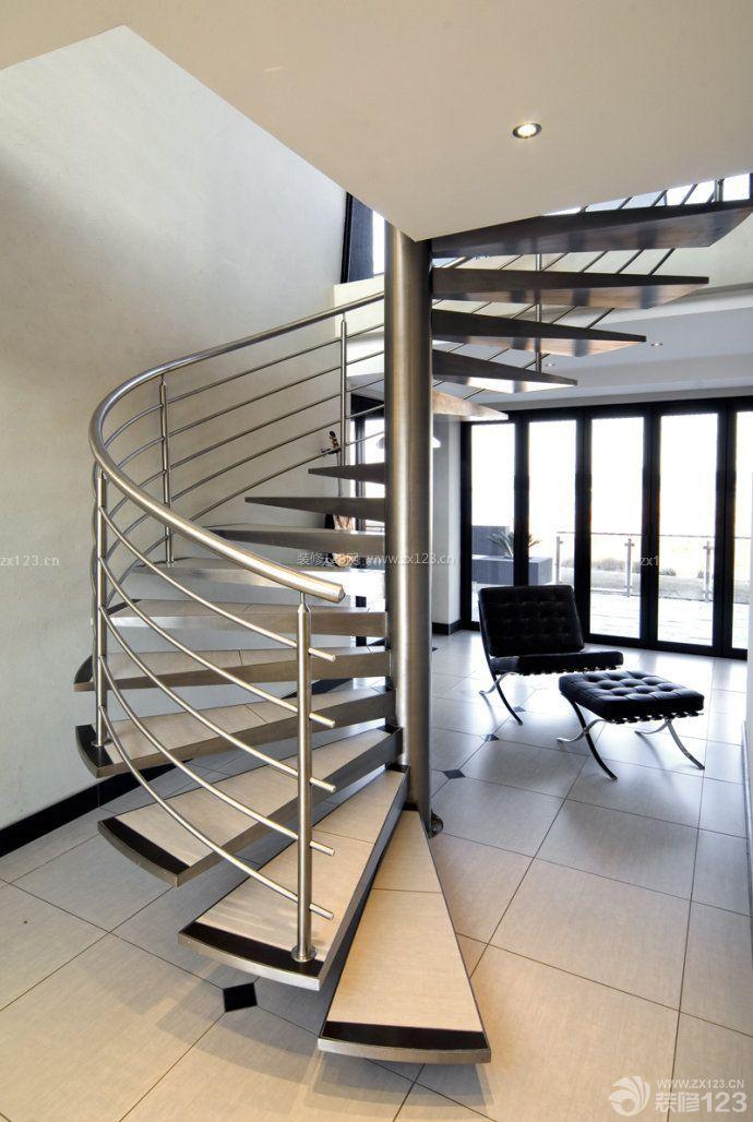 现代风格螺旋楼梯装修案例