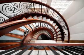 螺旋樓梯 中式風格