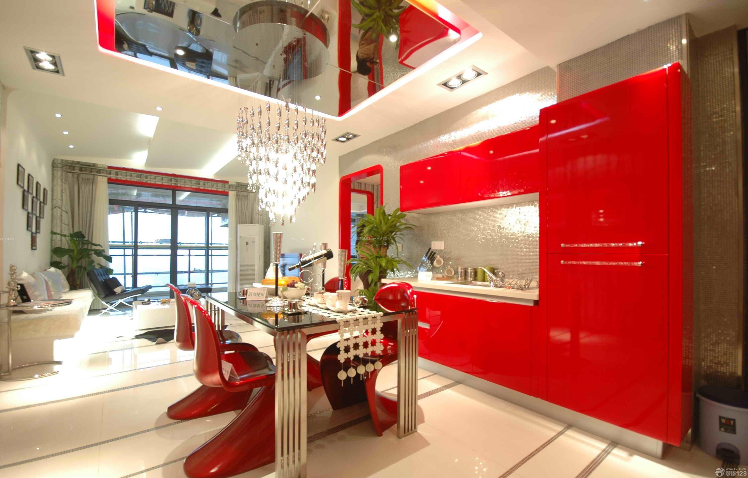 家装效果图 餐厅 餐厅背景墙红色壁纸装修效果图 提供者