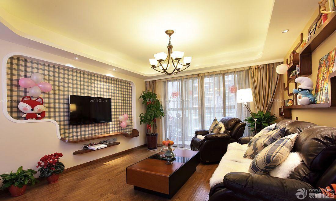 日本小户型公寓电视背景墙装修效果图片