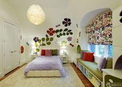閣樓臥室飄窗沙發設計圖