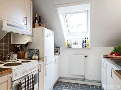 交換空間小戶型閣樓廚房設計圖