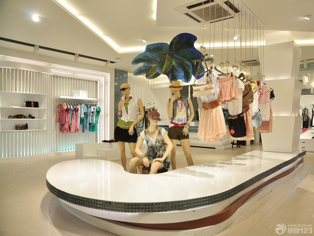 工装效果图 服装店 品牌女装服装店装修效果图欣赏 提供者