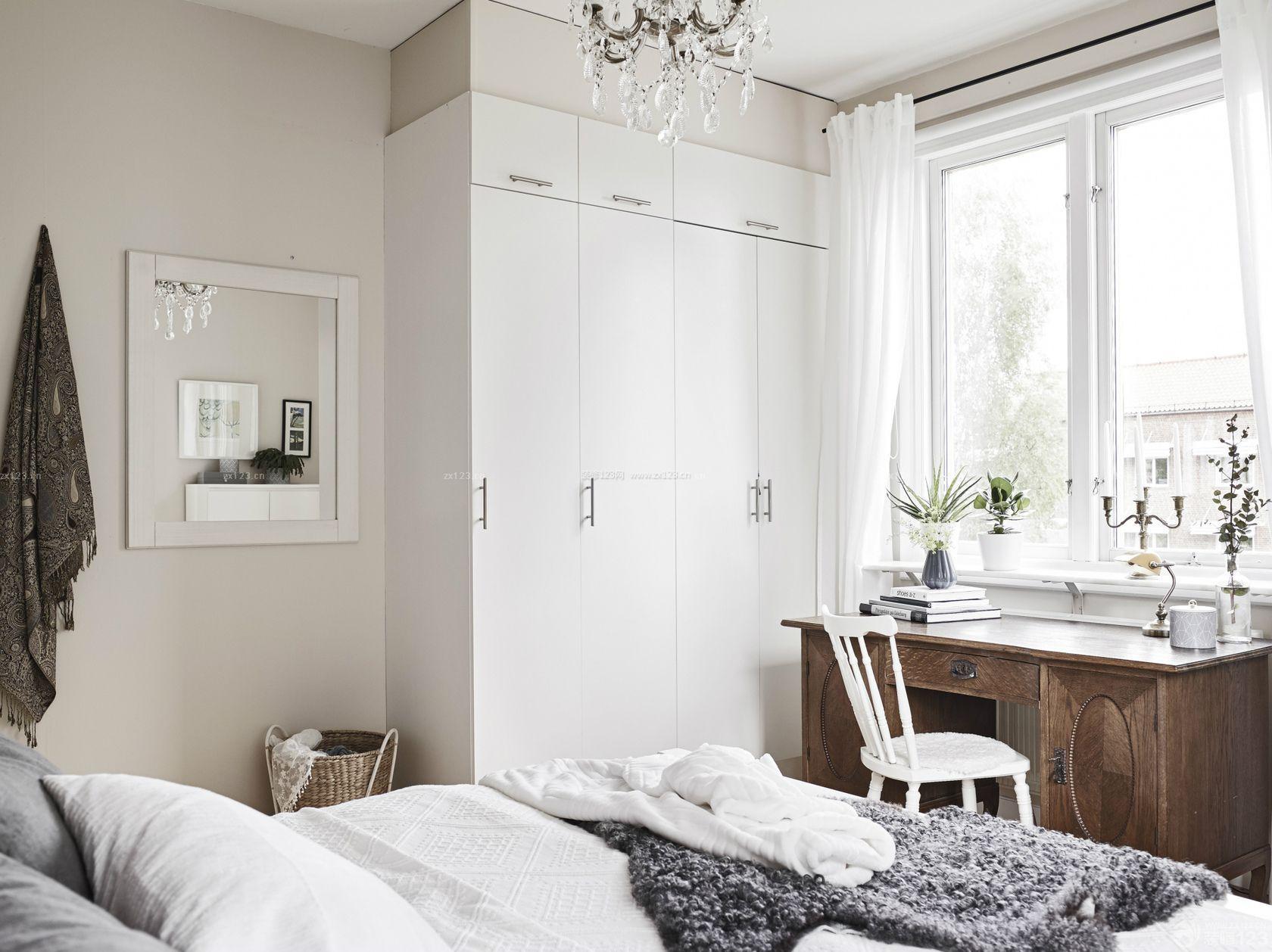 北欧风格小户型主卧室衣柜装修案例