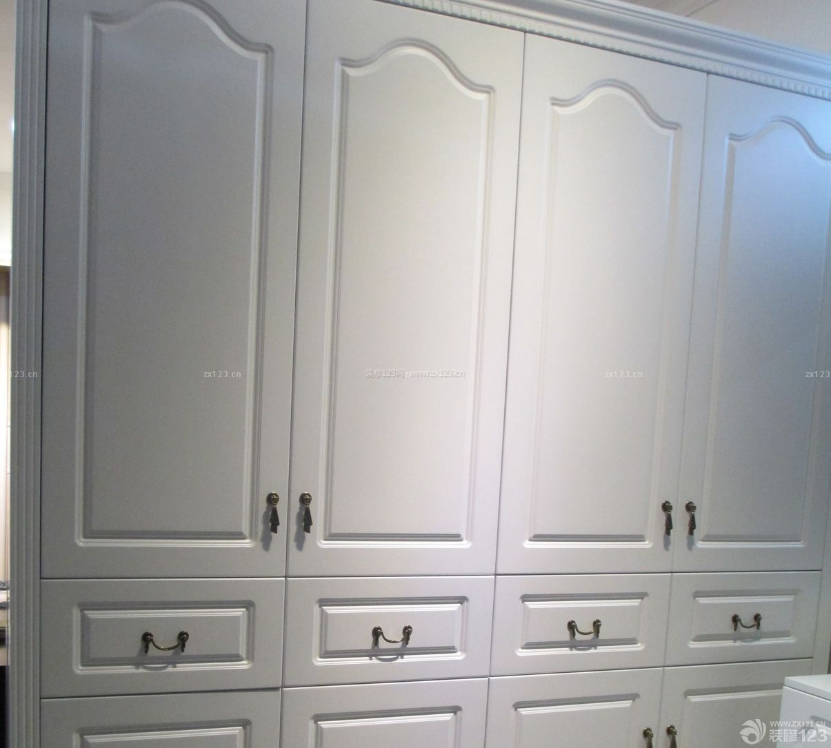 整体衣柜把手设计效果图