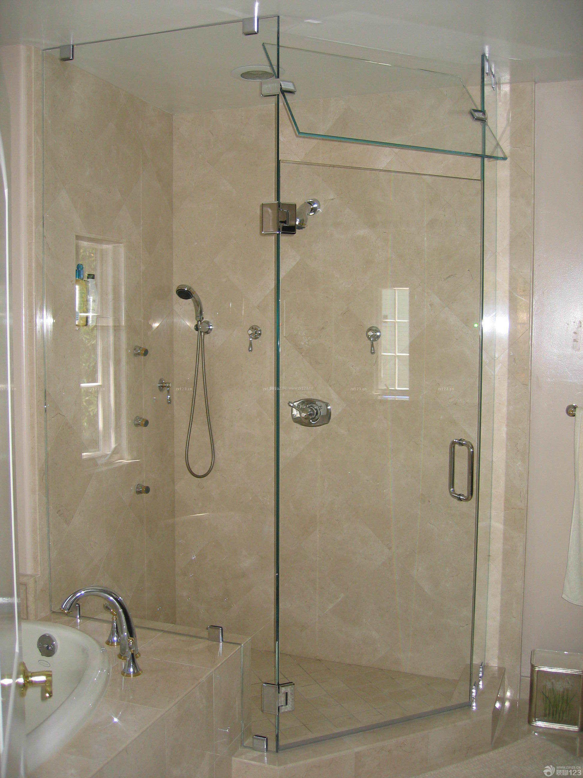 两室一厅浴室门把手设计效果图