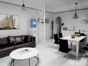 现代简约小户型客厅 白色家具