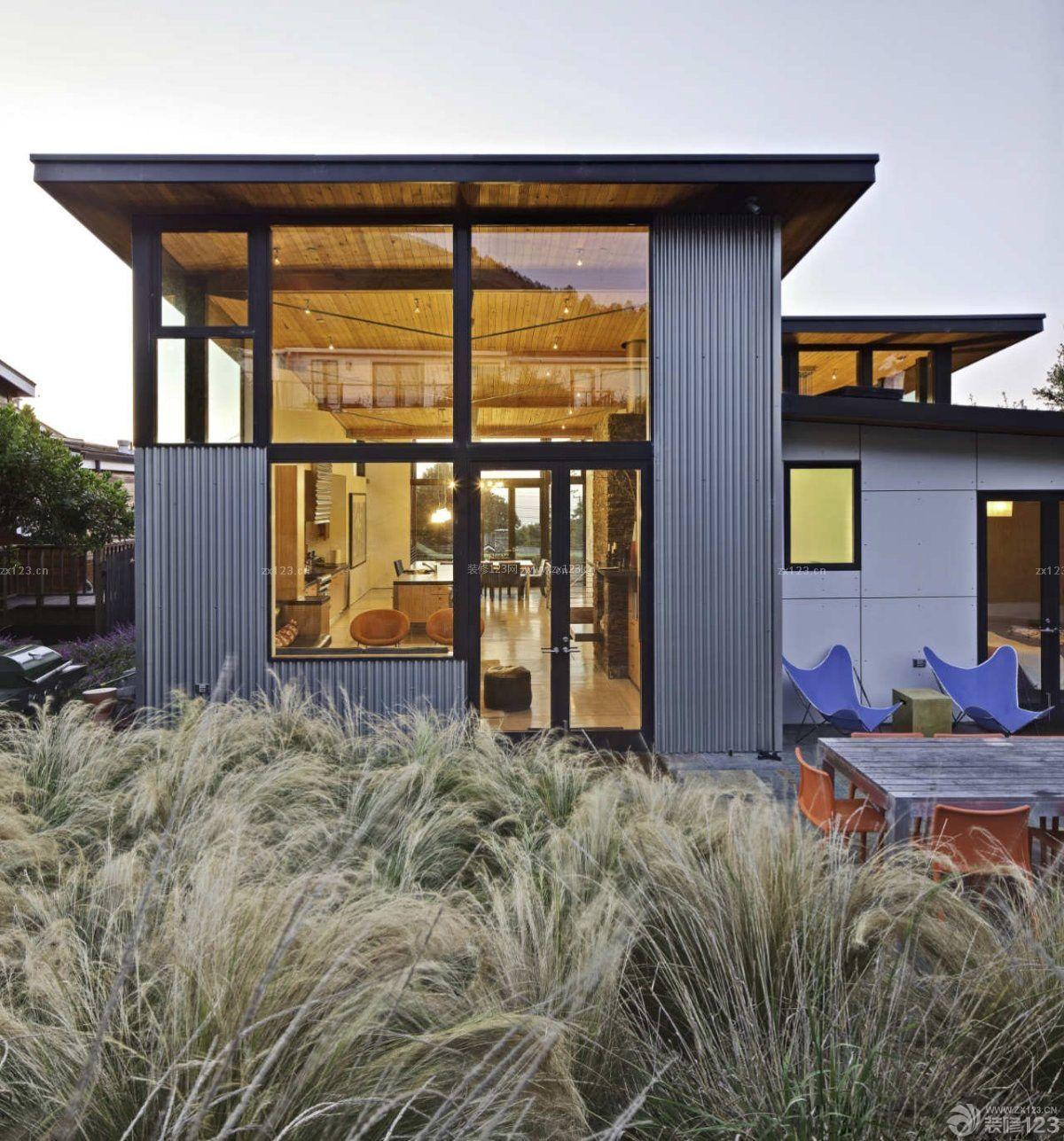 现代农村别墅裸辞玻璃窗外观设计效果图