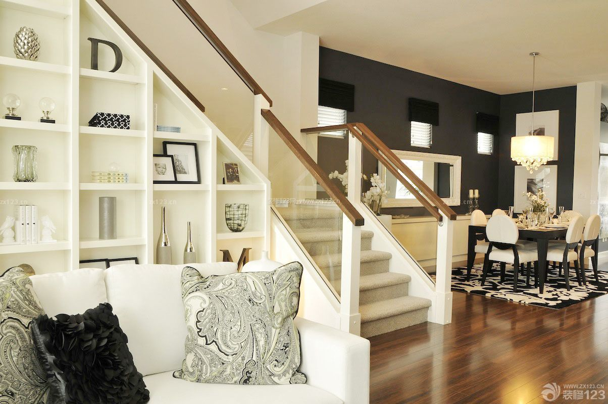 精装140平米复式楼楼梯设计图片
