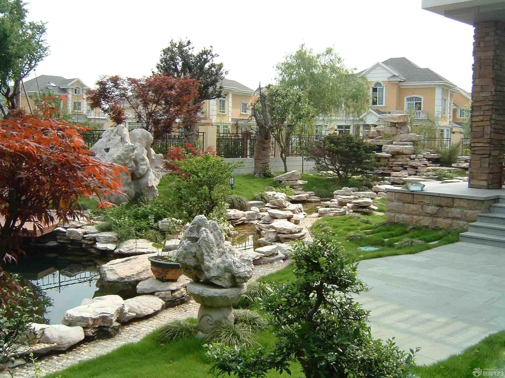 美式普通家庭庭院景观设计效果图