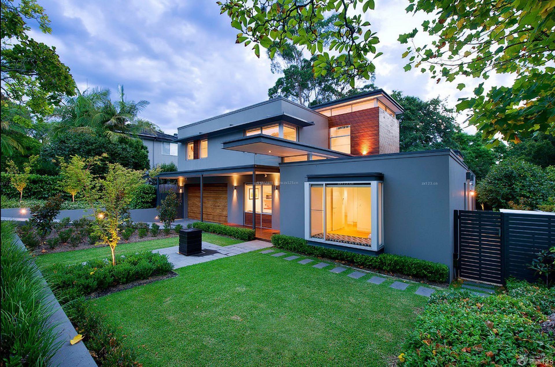 二层半别墅庭院景观设计效果图