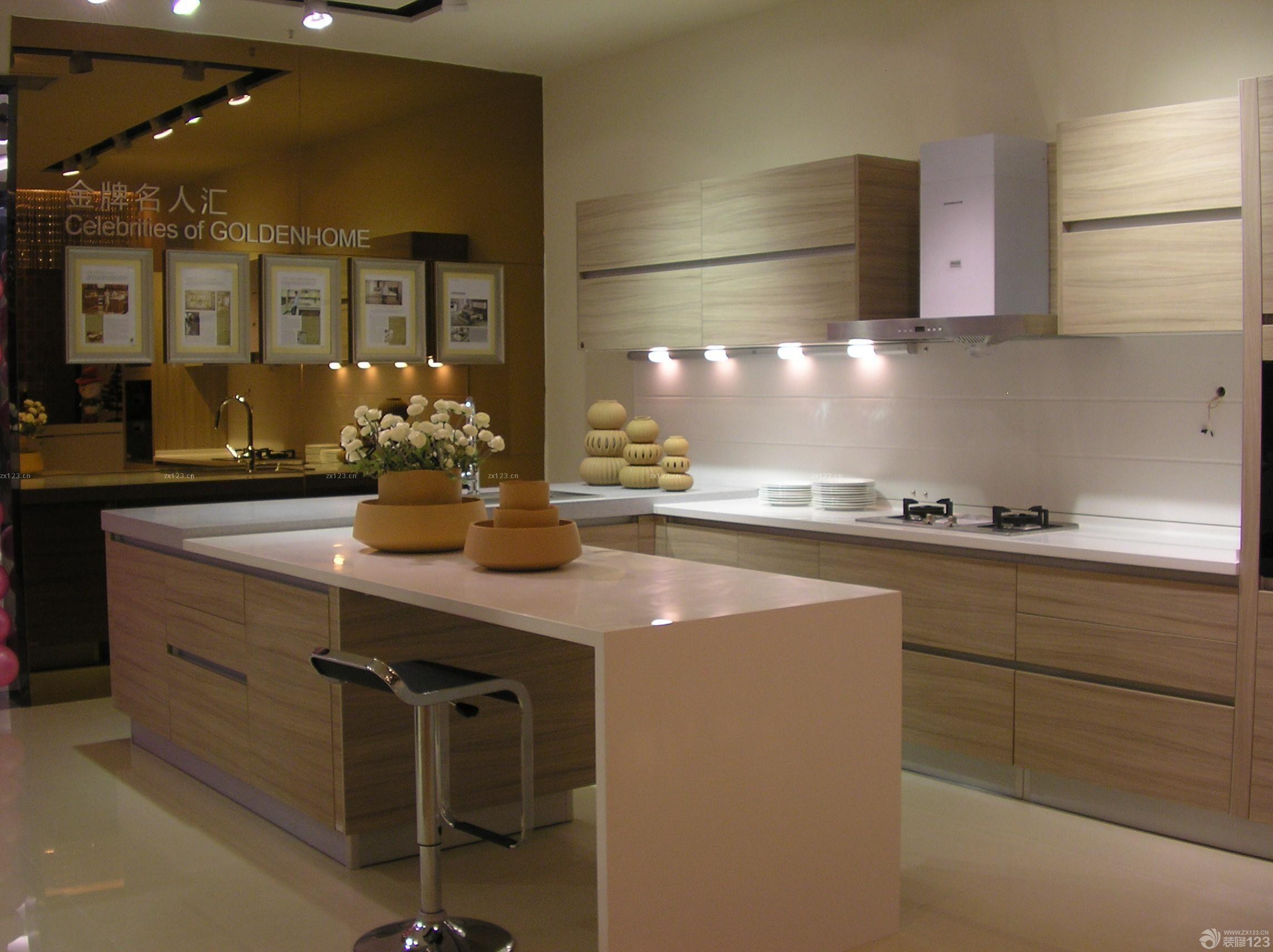 实木金牌橱柜展厅设计装修效果图